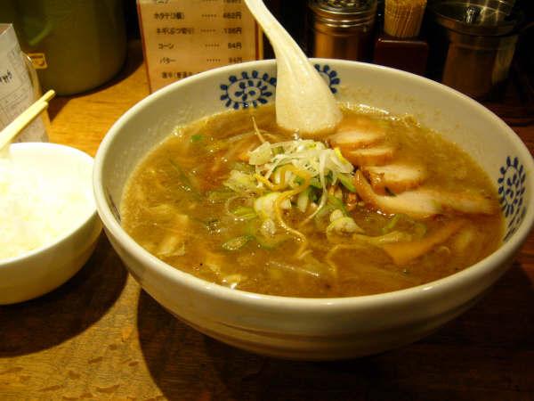 横浜で食べた、チャーシュー麺!