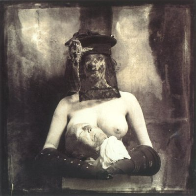 1982-Woman_with_severed_head