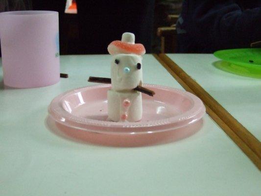 花一点点小心思,棉花糖可以变成可爱的小雪人